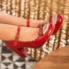 Chaussures vintage rouge en cuir