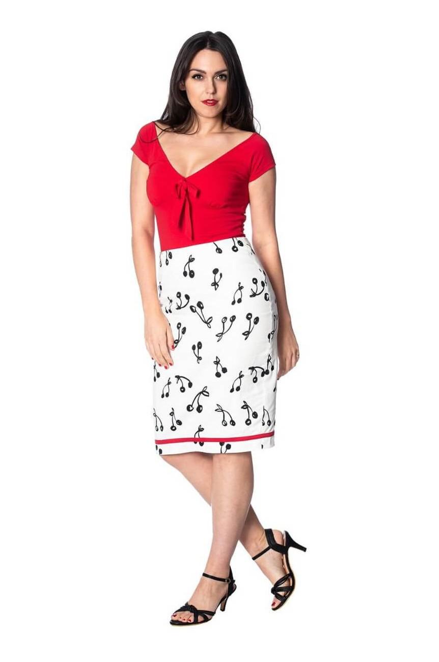 Top vintage rouge avec noeud