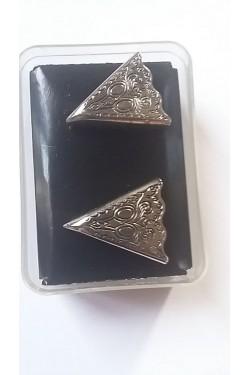 Pointe de col en métal